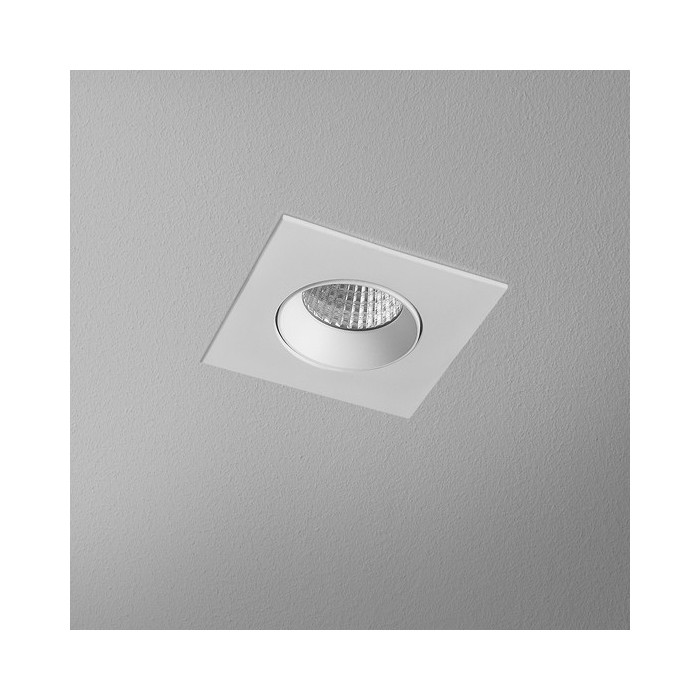 HOLLOW x1 square move LED wpuszczany